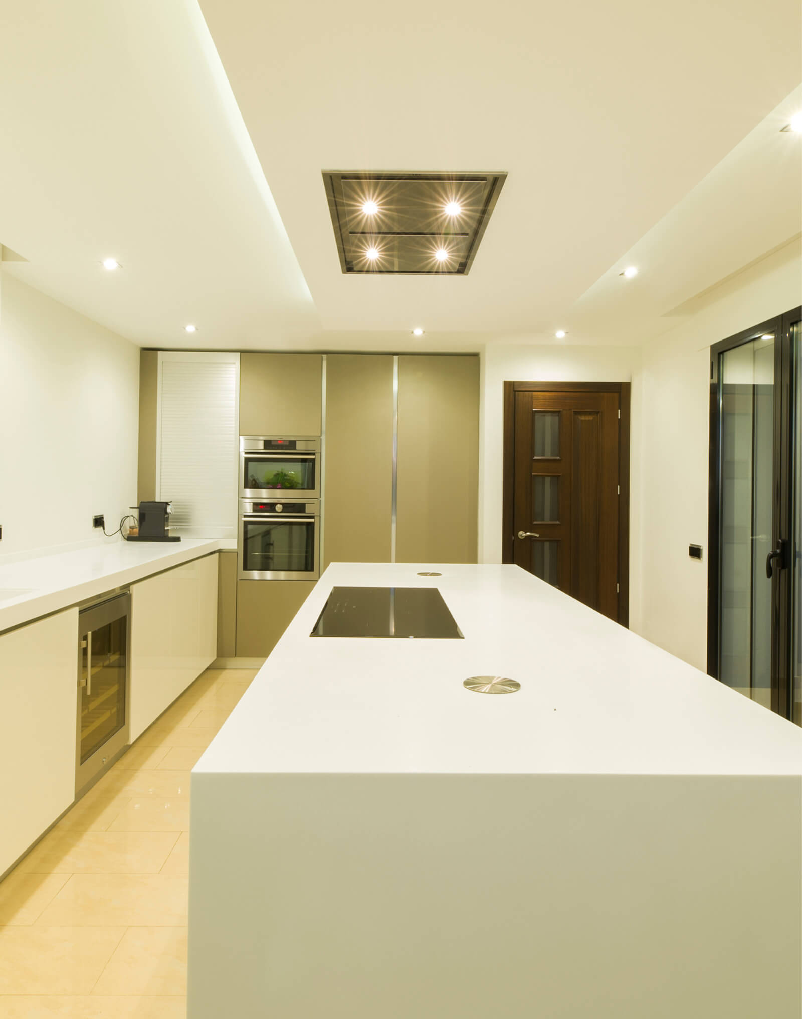 Contemporary Colonial Style Villa kitchen
