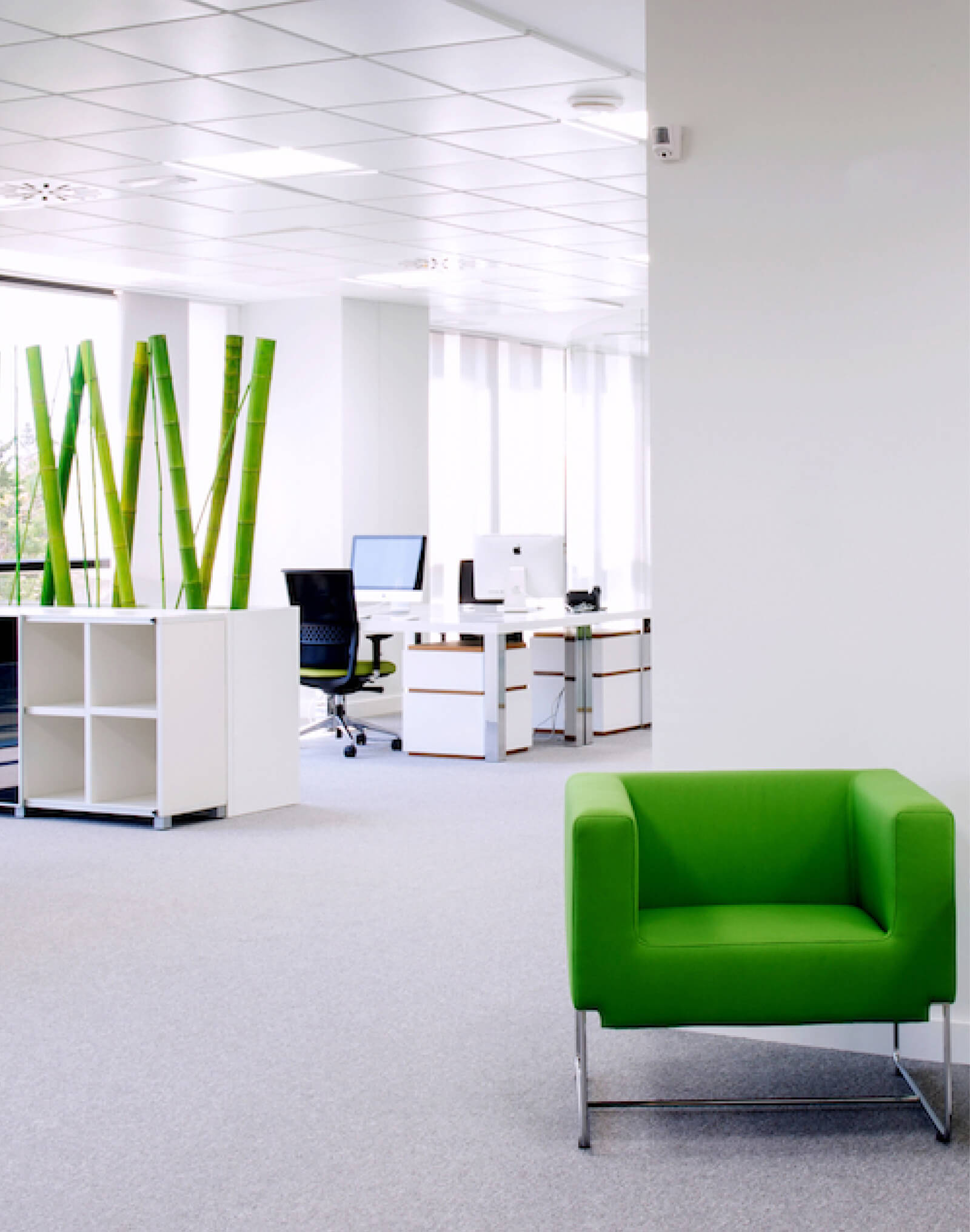 Gravity Global Offices green chair
