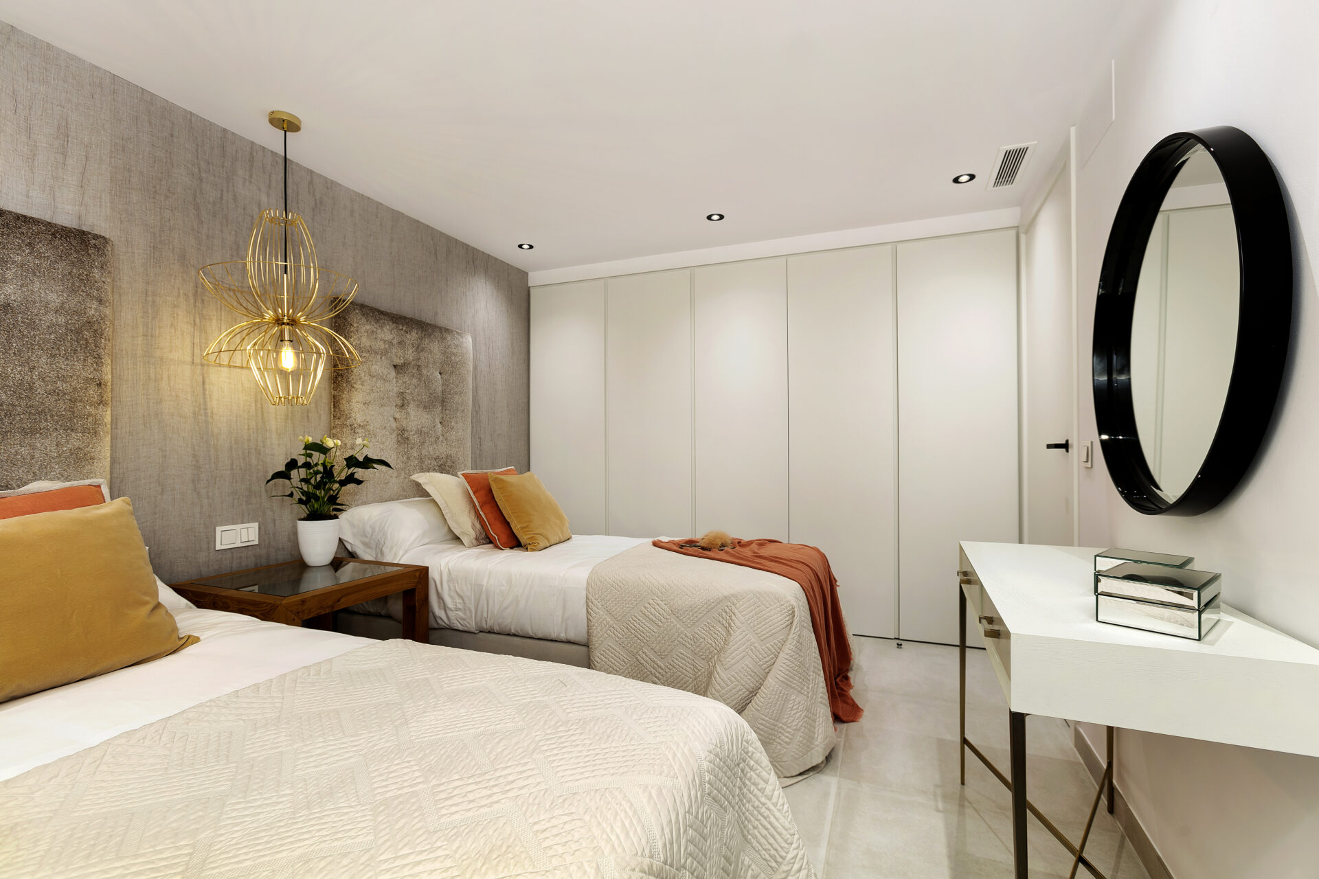 Double Residence Family Villa Apartment Bedroom
