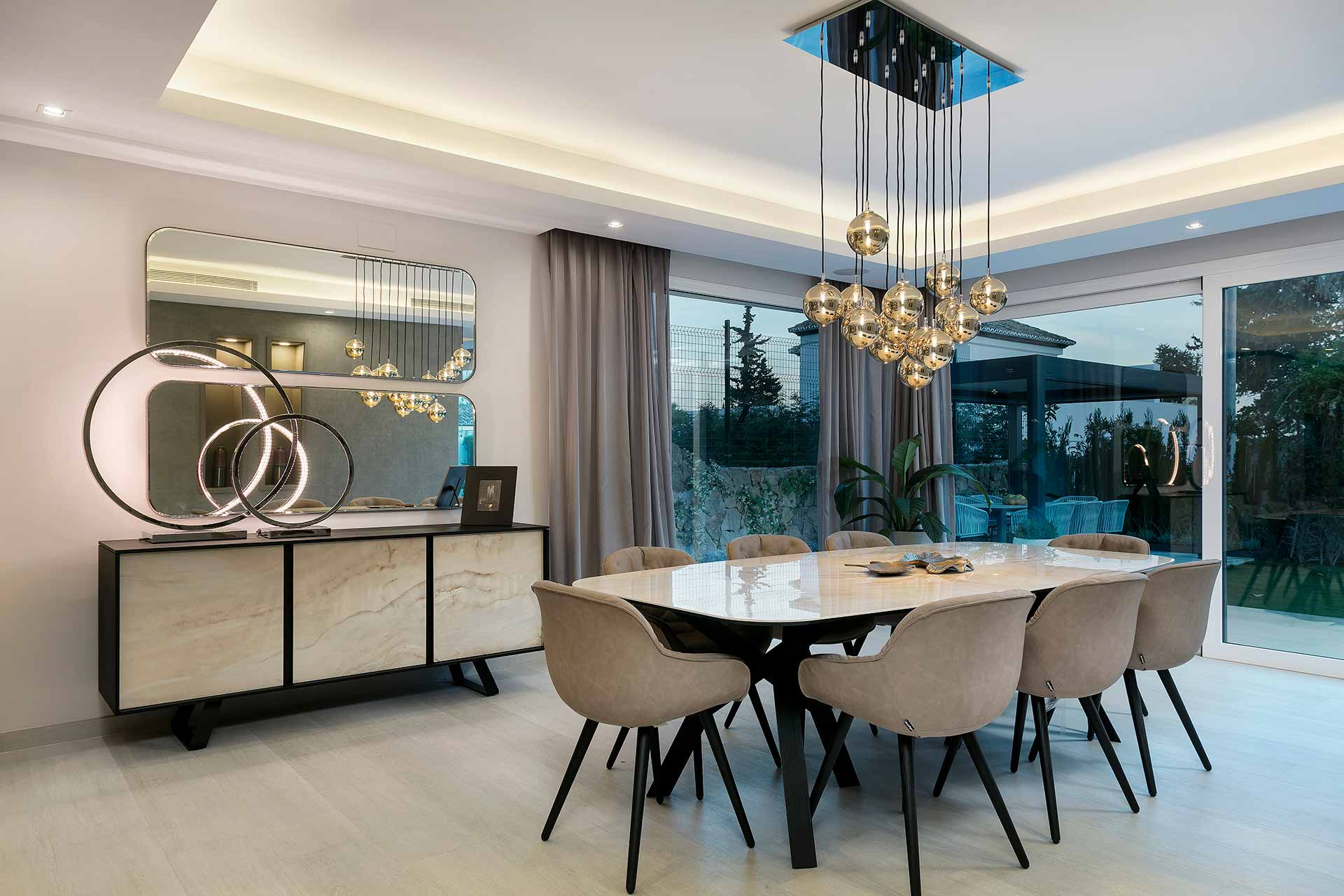 Contemporary Family Villa Dining Area
