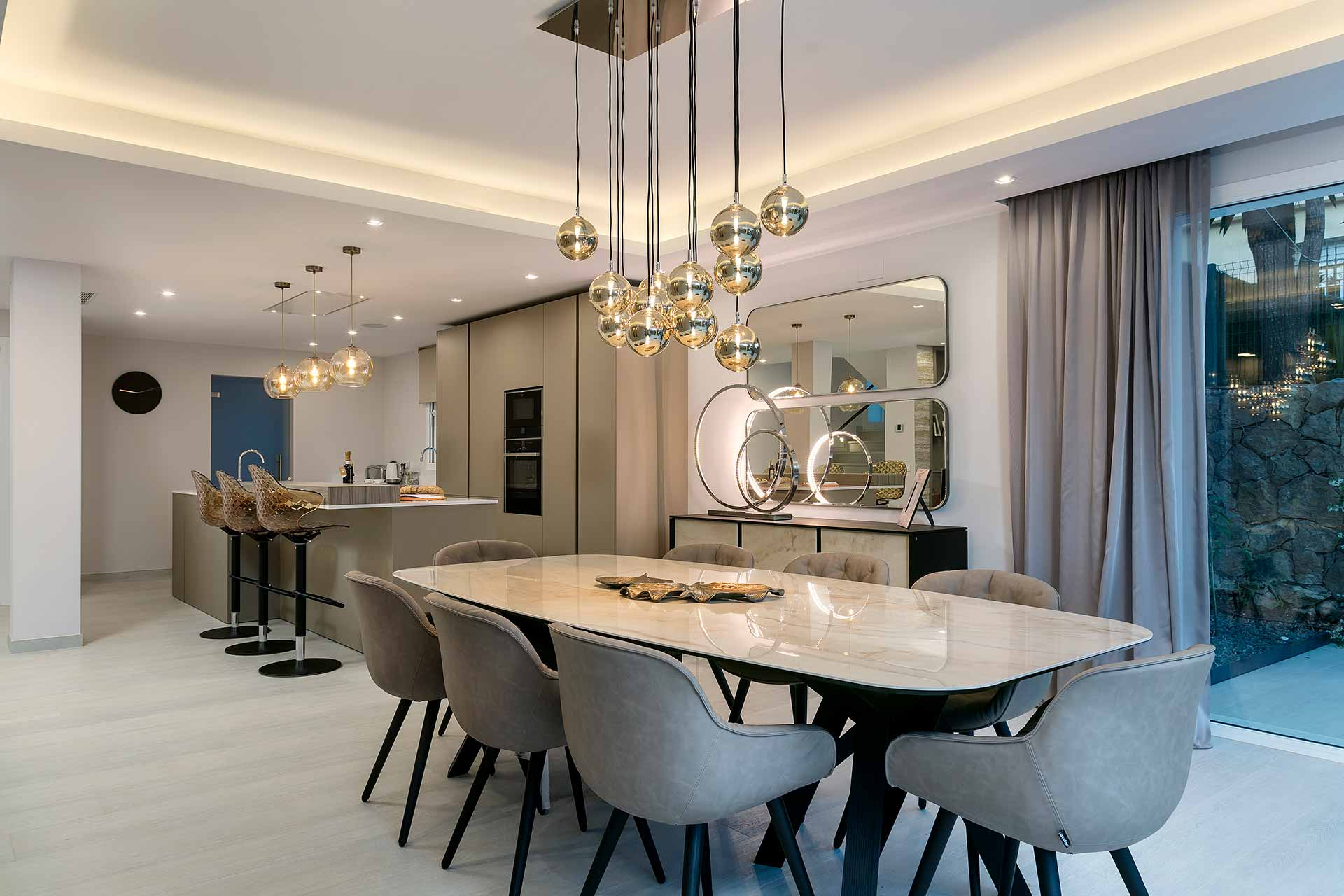 Contemporary Family Villa Dining and Kitchen Area