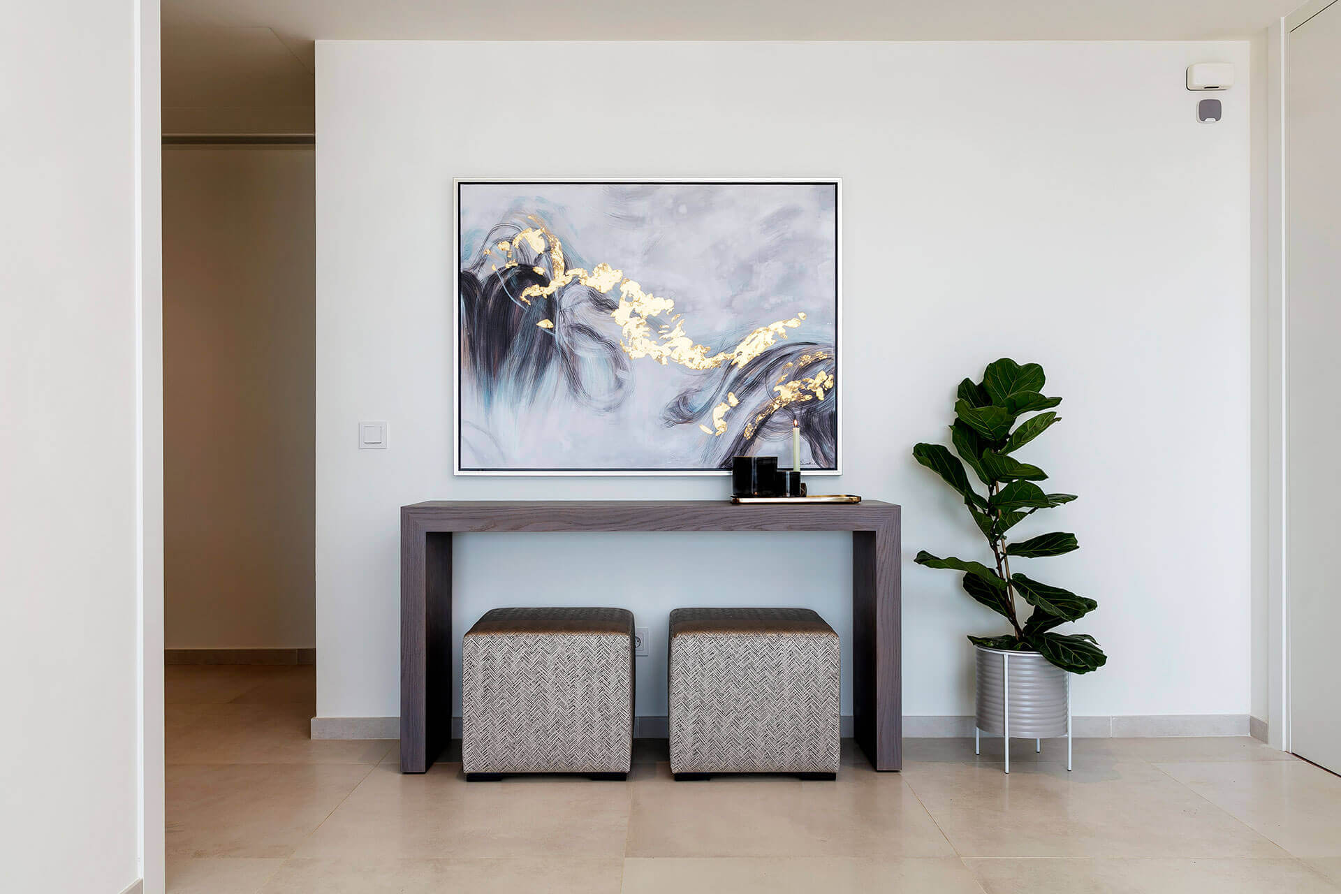 luxury_console_table